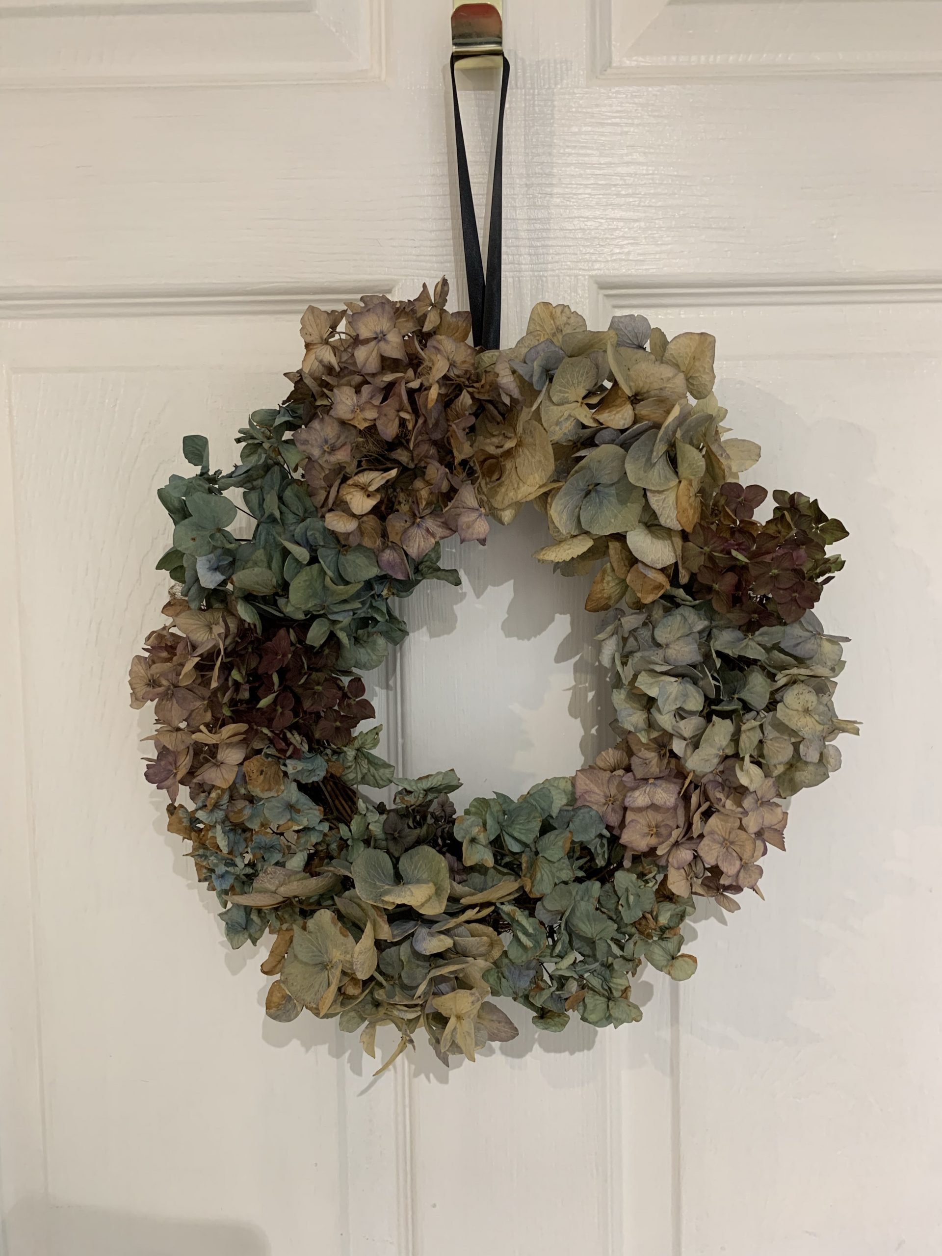 How to Dry Hydrangeas and Make a Wreath for Fall